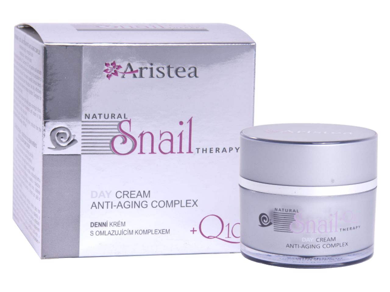 Day cream with anti-aging complex with snail extract and Q10